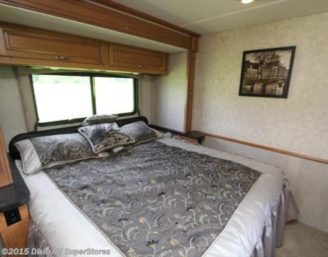 fleetwood bounder bedroom