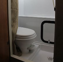 2014-palomino-palomini-150rbs-travel-trailer-bath