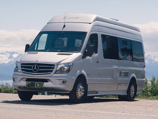 2015-leisure-travel-vans-free-spirit-ss-class-b-motorhome-exterior
