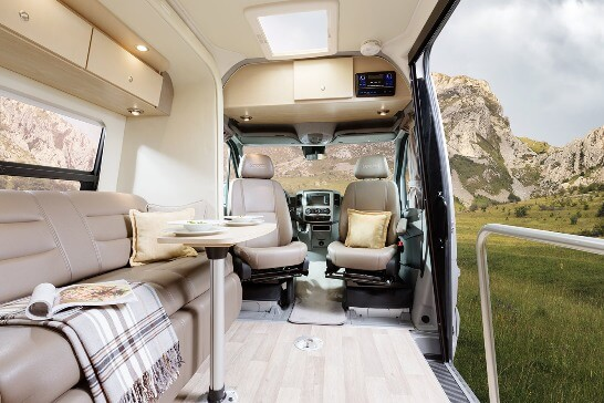 2015-leisure-travel-vans-free-spirit-ss-class-b-motorhome-interior-front