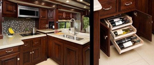 2015-monaco-dynasty-45-palace-class-a-diesel-kitchen