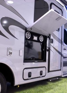 2015-pleasure-way-plateau-xl-widebody-class-b-motorhome-entertainment