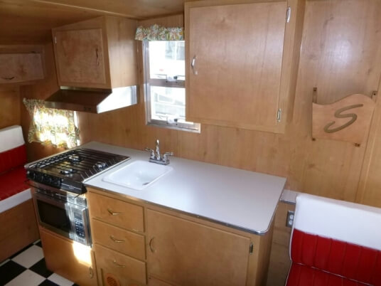 2015-shasta-airflyte-16-reissue-travel-trailer-kitchen