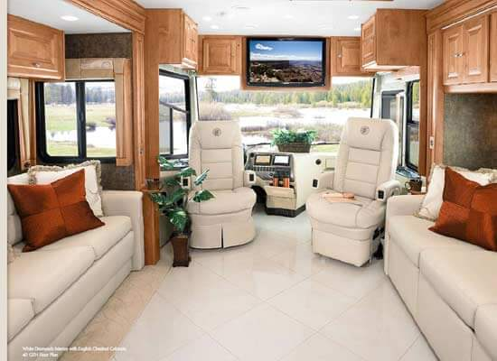 tiffin-phaeton-motorhome-interior-2