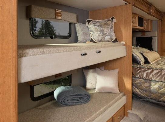 2016-fleetwood-rv-discovery-40g-class-a-motorhome-bunk-beds