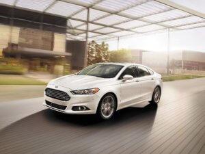 2015-ford-fusion-hybrid-01