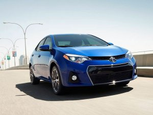 2016-toyota-corolla-front-view1