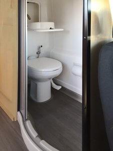 winnebago-paseo-camper-toilet