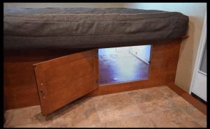 Lance 1575 Travel Trailer Bedroom Storage